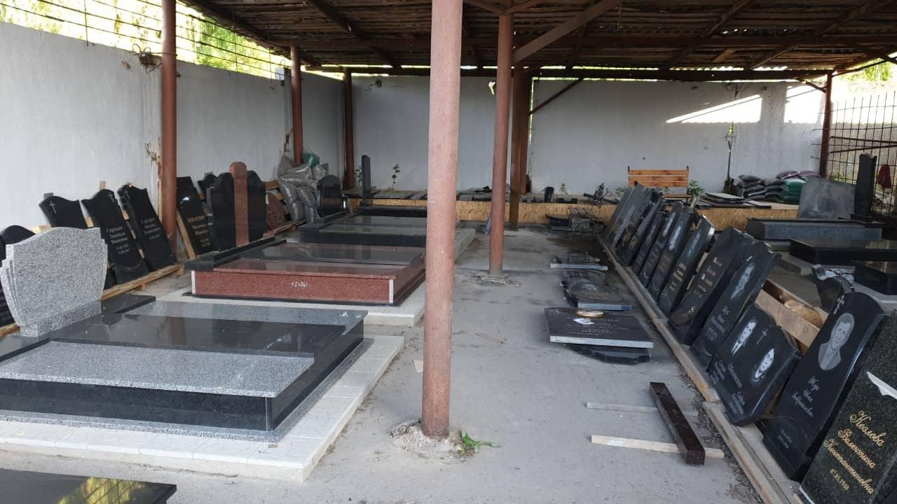 Памятники со склада в Гродно